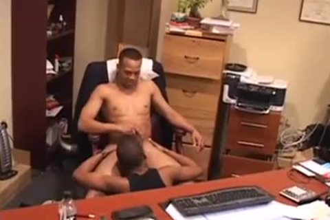 Remy Mars gets screwed By His Boss