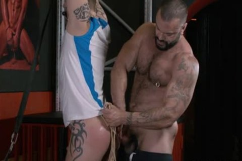 Rogan Richards Uses avid Sub