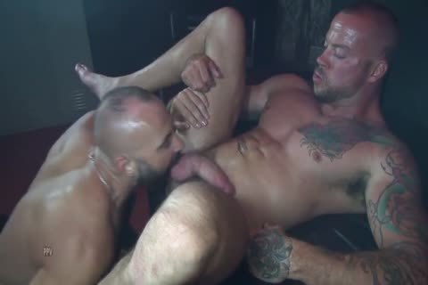 Colin O'Neal And Sean Duran In Flip pound Bb Scene