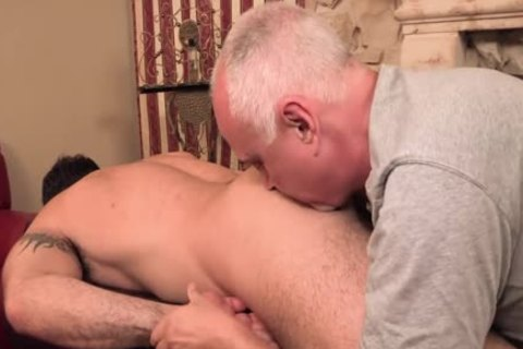 Rubbing One Out With Spencer Reed