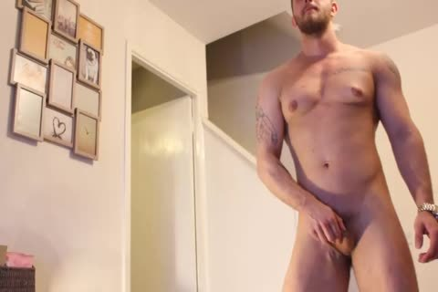 Jack Plays With His booty On cam