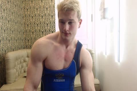 lusty young Russian Muscle Hunk