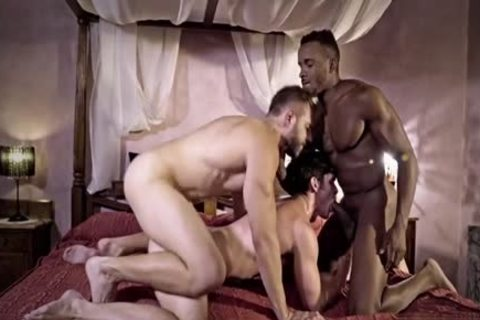 enormous 10-Pounder gay threesome With cumshot