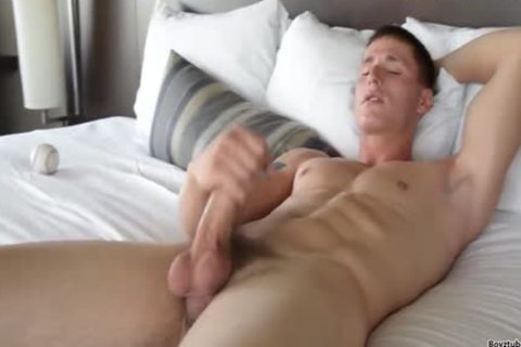 Baseball dick receives Clean & wicked