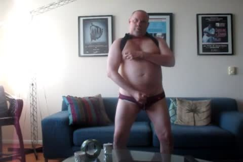 Horned To jerk off A big chubby, Phat Nutt Out.