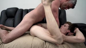 FamilyDick - Tight President Oaks bareback punishment