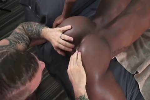 large 10-Pounder Daddy Enjoys Barebacking darksome butt