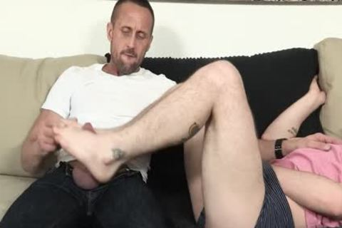 massive lad acquires drilled By Hung Stepdad