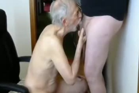 26margate Skinny daddy grandpa Is A Skilled penis sucker daddy