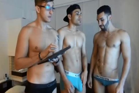 three-some Live latina homo's Show