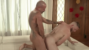 IconMale.com - Hairy Jack Dyer among Scott Riley rimjob