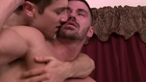 Icon Male: Muscled huge penis Calvin Banks rimjob