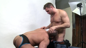 Men Over 30: Gay Jaxx Thanatos shows huge cock