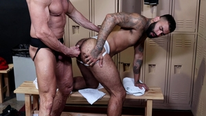 MenOver30: Jock Dallas Steele smashed by big dick daddy