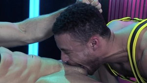 HotHouse - Bubble butt big dick Beaux Banks anal interracial